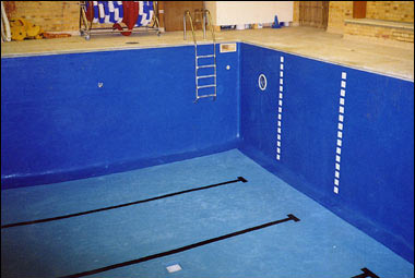 Fibre Glassing Swimming Pools From Brookforge Swimming Pools
